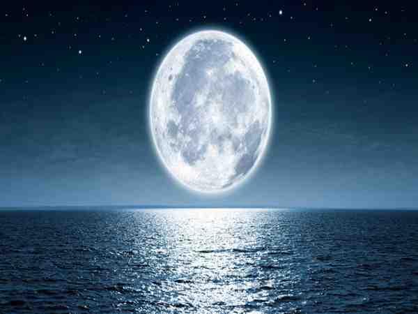 Mơ thấy trăng là điềm lành hay dữ, nên đánh đề số mấy?